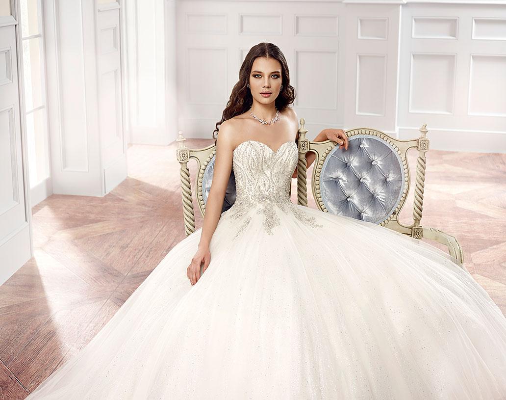 Brautkleider von exklusiven Designern Oksana Mukha, Eddy K ...